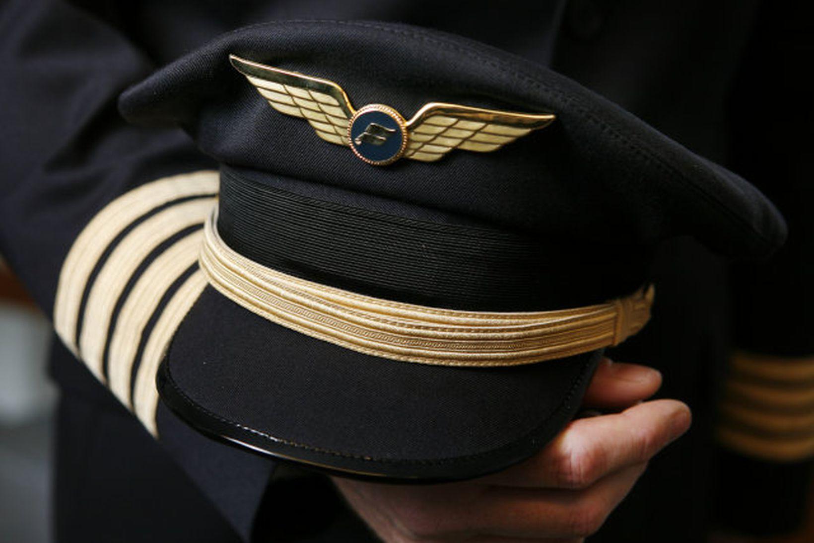 Hart er nú deilt um starfskjör flugstétta hjá Icelandair Group. …