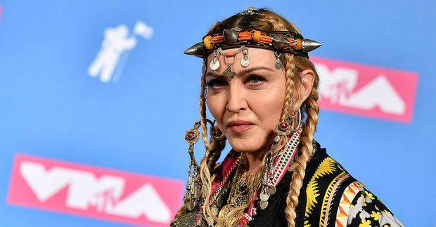 Madonna ferðast eins og enginn sé morgundagurinn.