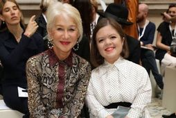 Victoria Beckham birti mynd af Helen Mirren og Sinéad Burke á Instagram-síðu sinni.