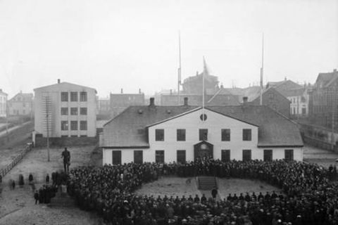 Sovereignty celebrations in Reykjavik in 1018.