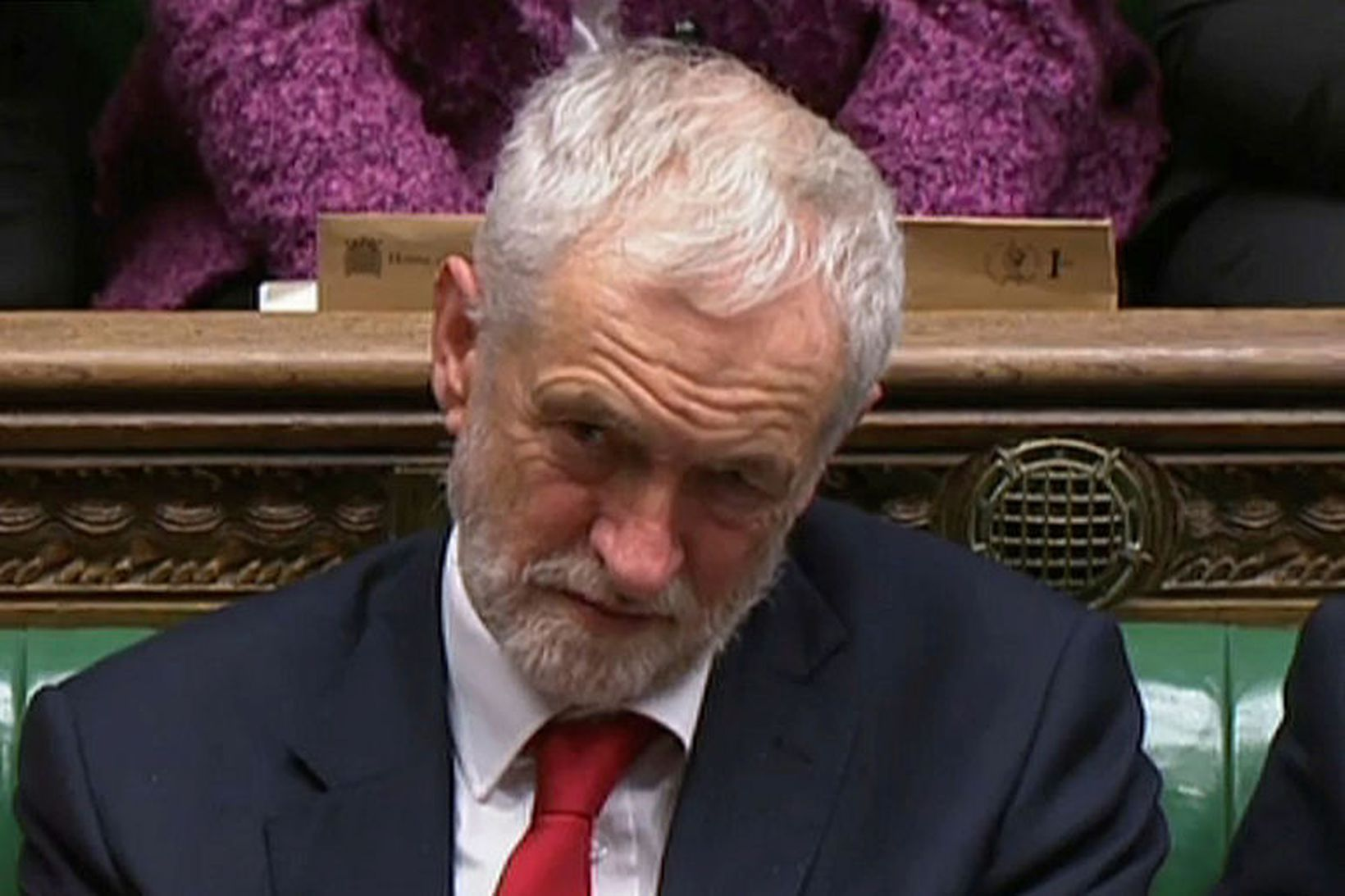 """Jeremy Corbyn, leiðtogi Verkamannaflokksins, vill að """"uppvakningastjórn"""" Theresu May segi …"""