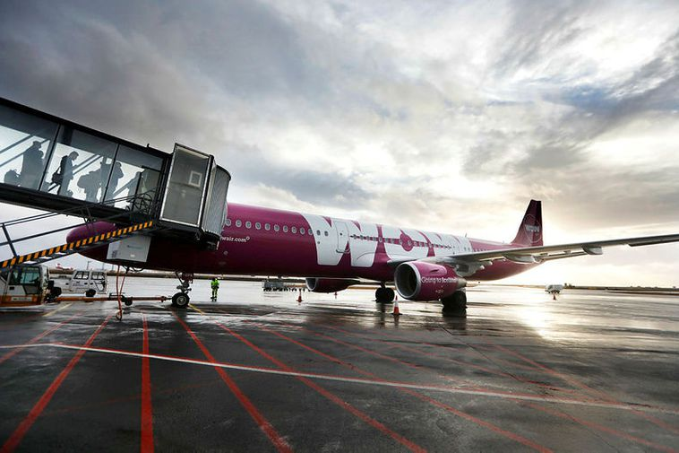 Wow Air returns to Icelandair as Indigo Partners deal breaks down