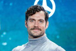 Henry Cavill þótti of þybbinn fyrir hlutverk James Bond en fékk síðar hlutverk Superman.