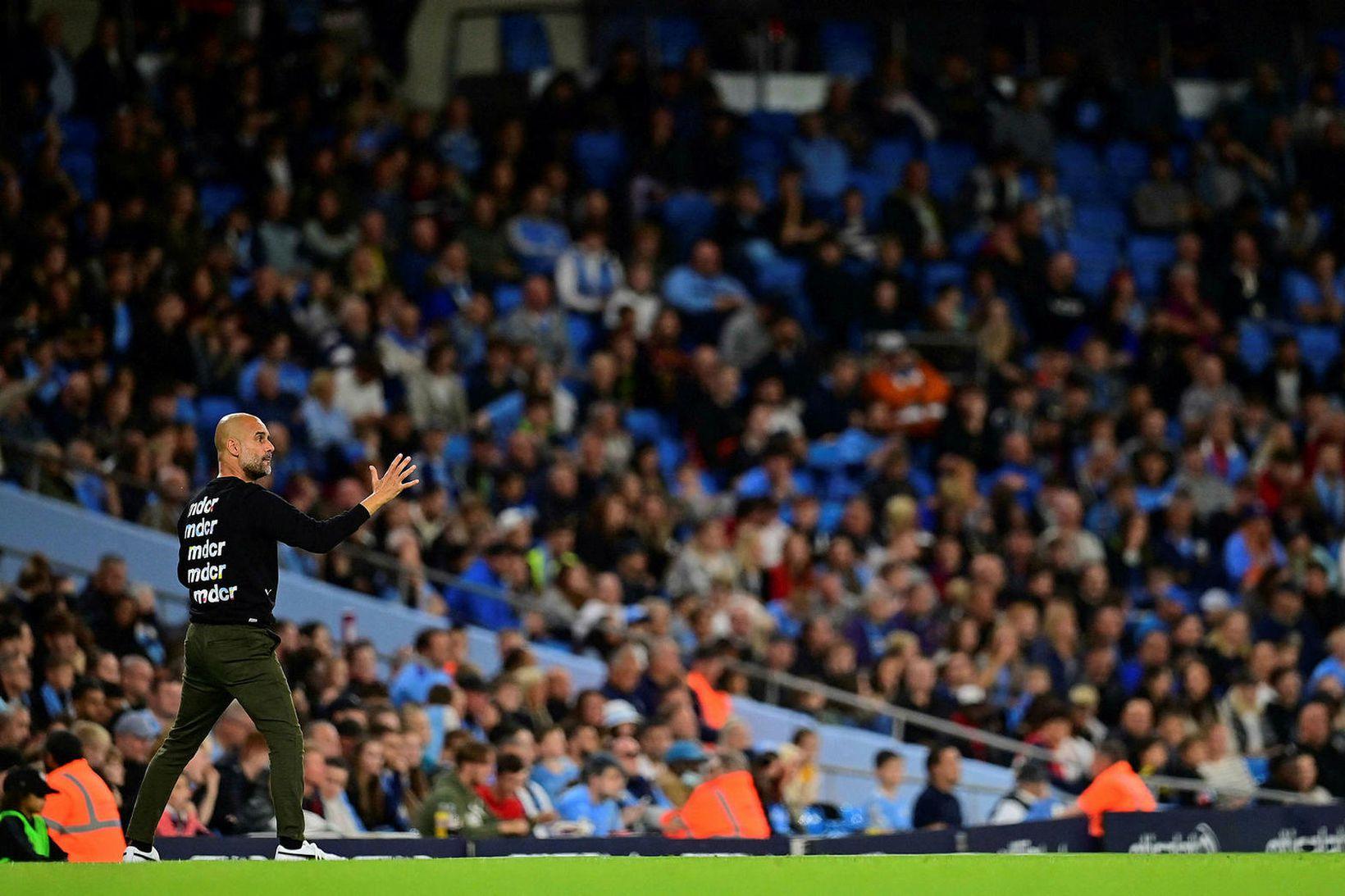 Pep Guardiola hefur áður kvartað yfir leikjaálaginu á Englandi.