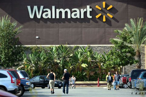 Walmart er stærsta verslanakeðja Bandaríkjanna. Þar verður ekki lengur hægt að kaupa skotfæri.