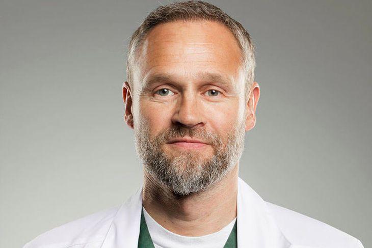 Anton Örn Bjarnason húðlæknir á Húðlæknastöðinni.