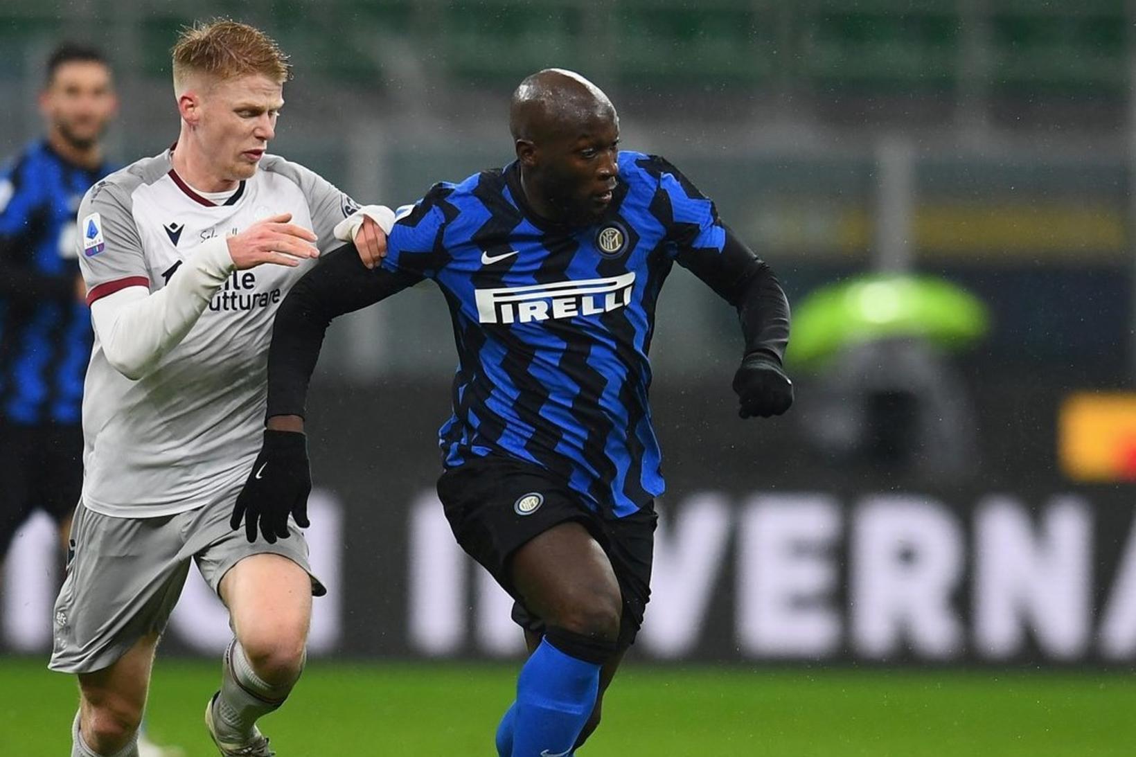 Inter vann 3:1-sigur á Bologna í kvöld.