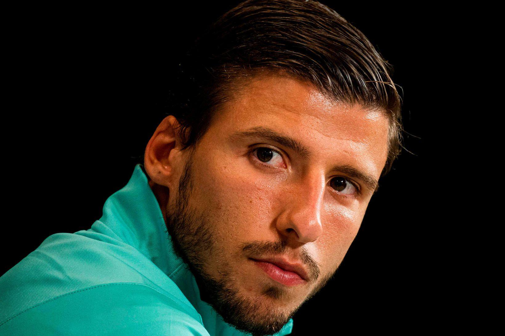 Rúben Dias er á leið til Manchester City.