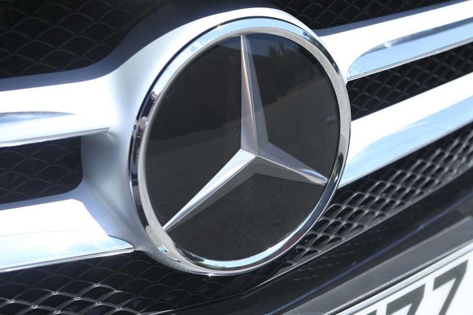 Mercedes Benz á yfir sér fjársektir fyrir sviksemi.