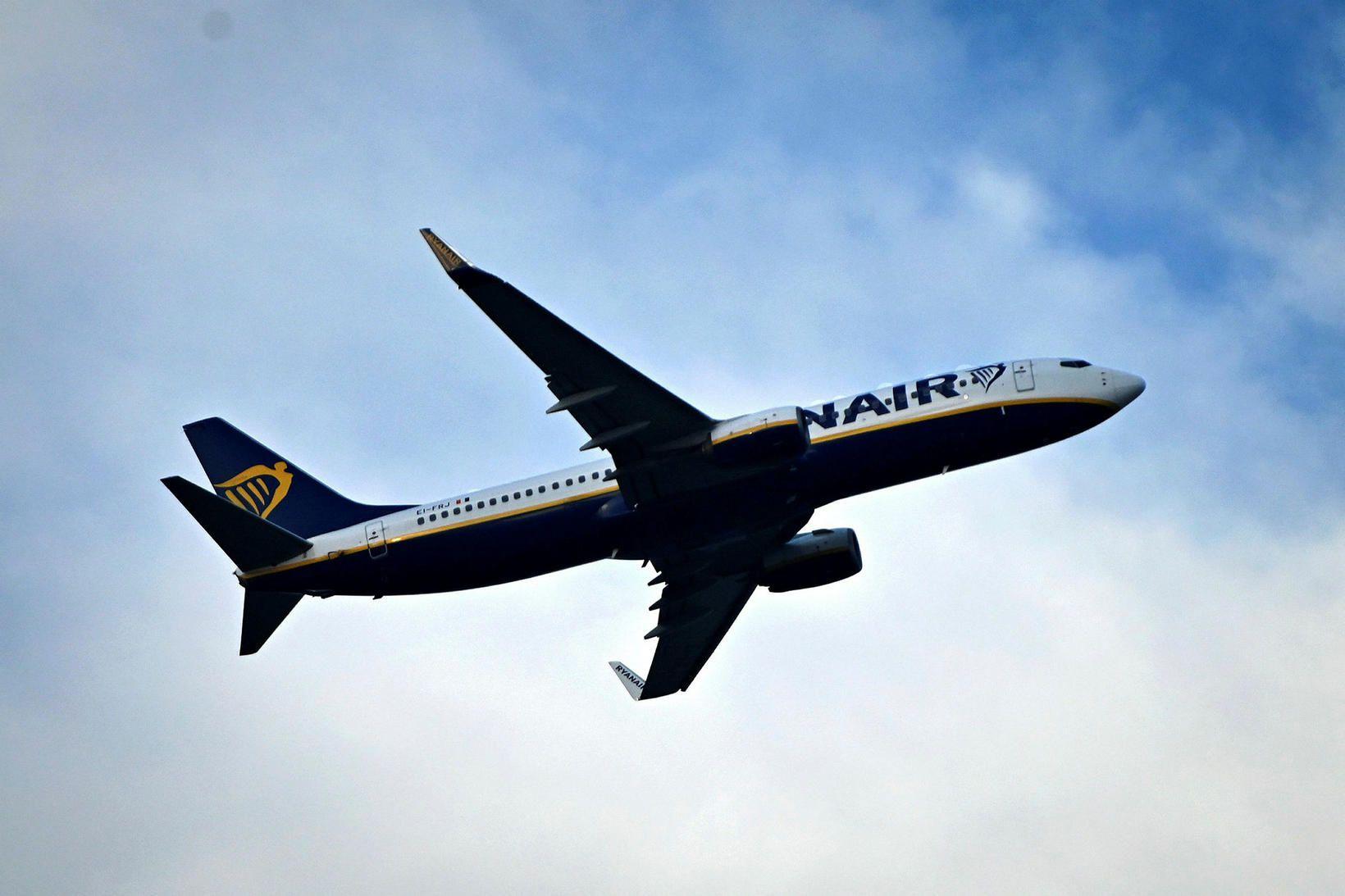 Eldsneytiskostnaður Ryanair jókst um 22% á milli ára.