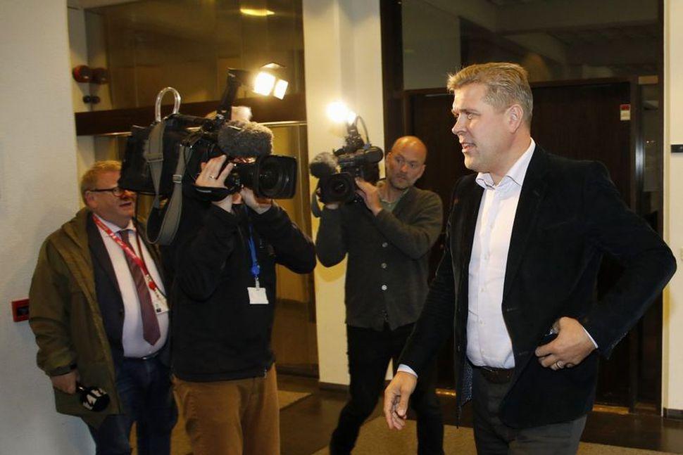 Bjarni hringdi í Áslaugu rétt fyrir fundinn klukkan fimm og ...