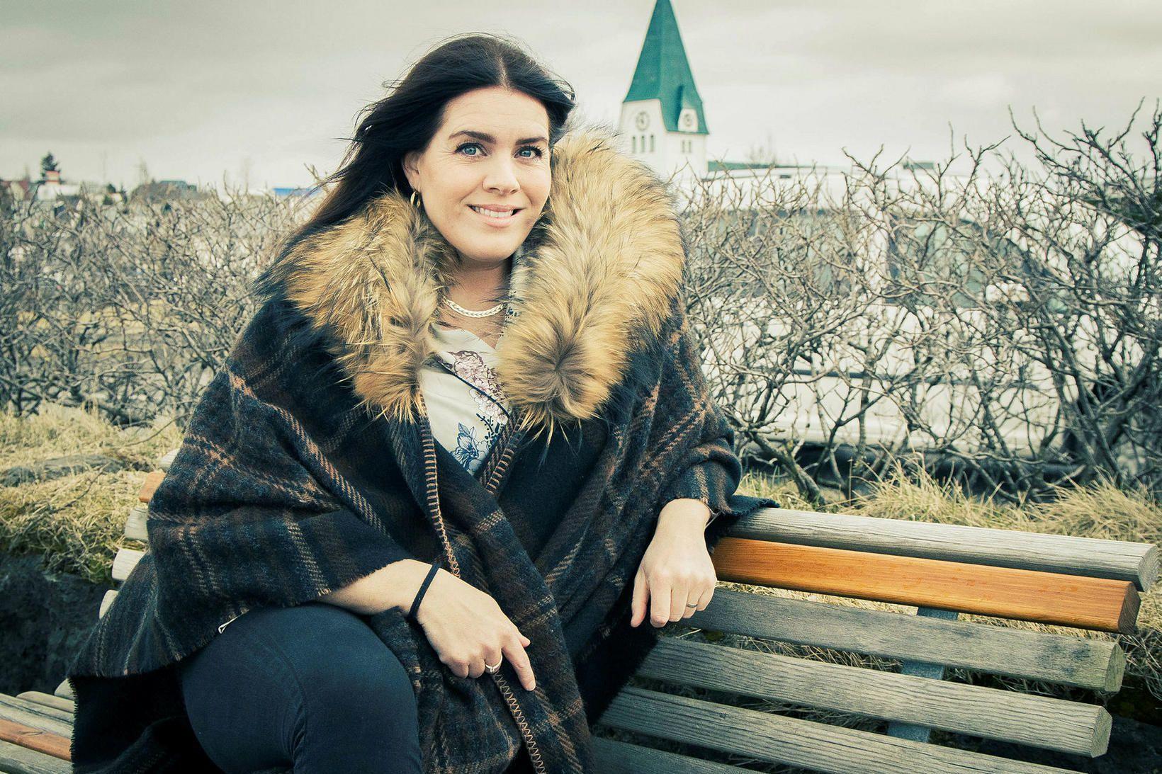Helga Reynisdóttir ljósmóðir á von á sínu öðru barni.
