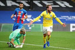 Alexis Mac Allister fagnar jöfnunarmarki sínu gegn Crystal Palace.