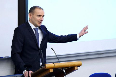 Jóhannesson will be making an announcement on his candidacy today at 2 pm.