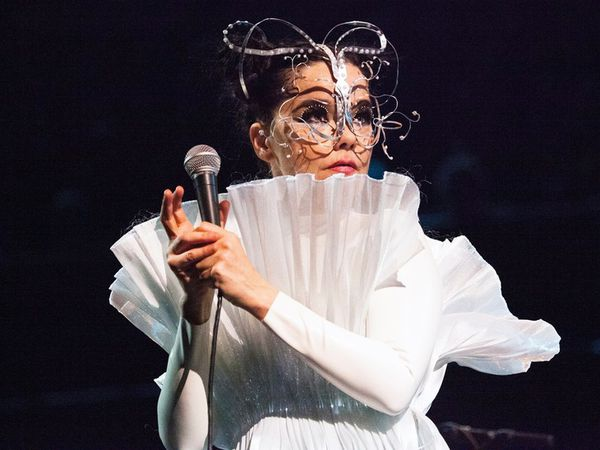 British critics raved about Björk's performance at the Royal Albert Hall last week.