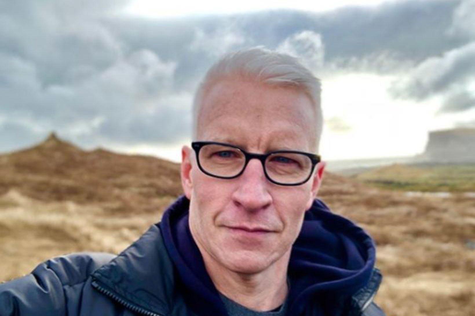Anderson Cooper missti bróður sinn þegar hann var 21 árs …