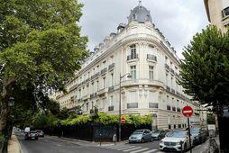Íbúð Epstein var í þessari byggingu í París.