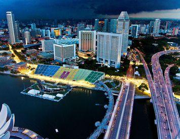 Útsýni frá Marina Bay Sands hótelinu í Singapore.