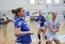 Þórey Rósa Stefánsdóttir er hér að skora fyrir Framara gegn ÍBV í dag.