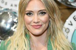 Hilary Duff er farin að rífa í lóðin.