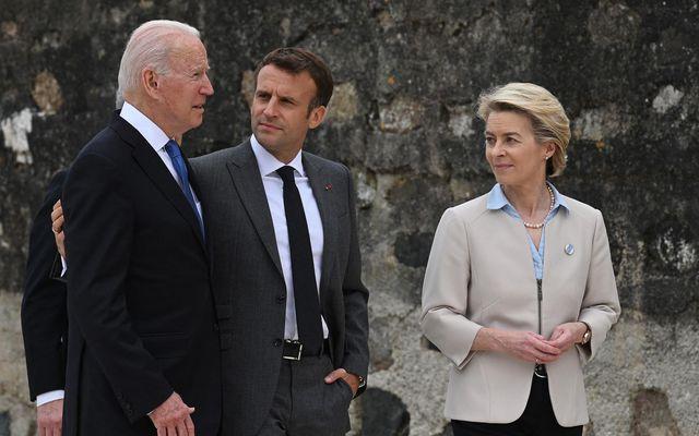 Joe Biden, forseti Bandaríkjanna, Emmanuel Macron, forseti Frakklands og Ursula von der Leyen, forseti framkvæmdastjórnar …
