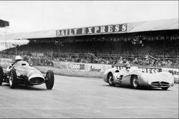 Keppt hefur verið í Silverstone í yfir 70 ár. Myndin er frá 1954 og eru …