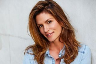 Cindy Crawford segist elska Un.Tangled Leave-In Conditioner frá Kevin.Murphy.